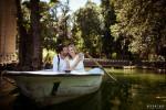 bride and groom Villa Borghese Lake