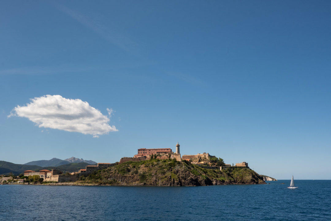 Wedding in Elba Island: get married surrounded by crystal-clear waters and lush nature
